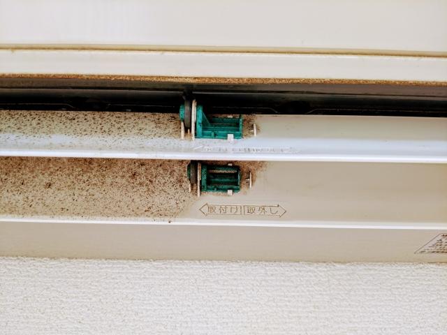 手順③ エアコンの吹き出し口を清掃する